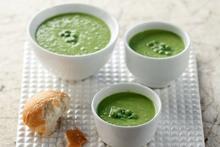 Γρήγορη σούπα με κατεψυγμένο αρακά