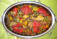 Κοτοπουλο τατζιν με πατατες και αρακα (طاجين الدجاج والبطاطا والجلبانه)