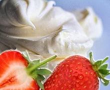 Εύκολη σπιτική crème fraîche με γιαούρτι