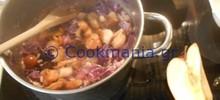 Κόκκινο λαχανόρυζο με μανιτάρια και δαμάσκηνα