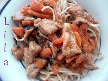 Xoιρινό με noodles ή αλλιώς το κινέζικο της ελληνίδας μάνας