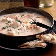 σούπα αυγολέμονο με κοτόπουλο και κριθαράκι