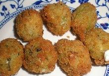 Τηγανητές γεμιστές ελιές fried stuffed olives