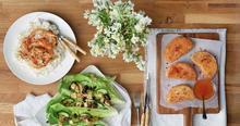 Γαρίδες με αρωματικά και σάλτσα σκόρδου