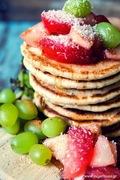 Pancakes με αλεύρι ντίνκελ, χωρίς ζάχαρη
