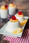 Πανακότα με γάλα καρύδας χωρίς ζάχαρη (σαν pina colada).