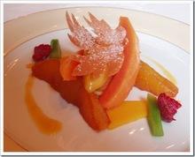 Επιδόρπιο με εξωτικά φρούτα