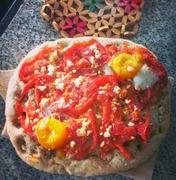 Φοκάτσια με φέτα,ντομάτα και αυγό focaccia with feta cheese,tomato and fried eggs