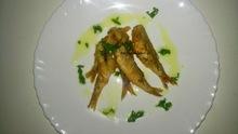 Κουτσομούρες τηγανητές με ελαφριά σος λεμονιού