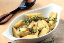 Σκορδάτες πατάτες μεβότανα