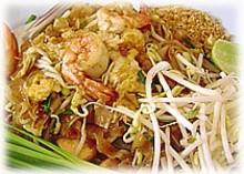 Pad thai  (thai noodles σοταρισμένα στο τηγάνι)