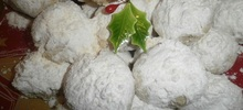 Χριστουγεννιάτικοι γλυκοί υπέροχοι κουραμπιέδες χωρίς ανθόνερο, σόδα και μίξερ της παρέας