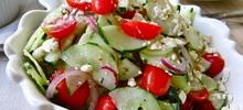 Σαλάτα με διάφορα φρέσκα λαχανικά
