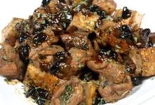 Κολοκυθοανθοί με μυζήθρα χοιρινό τσιγιαριαστό με άγρια χόρτα μίνι λουκουμάδες συνταγή για τραγανές κοτομπουκίτσες