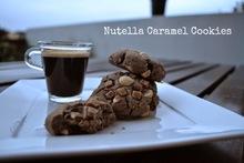 αφράτα μπισκότα με πραλίνα φουντουκιού και καραμέλα - nutella caramel cookies recipe