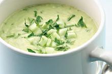 Παγωμένη σούπα αγγουριού