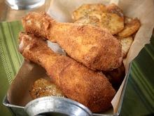 Μπουτάκια κοτόπουλου ντυμένα με μουστάρδα