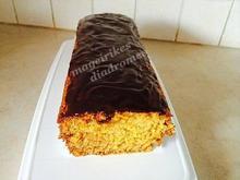 Νηστήσιμο κέικ πορτοκαλιού με γλάσο σοκολάτας