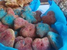 Μπισκοτάκια με χρωματιστή ζάχαρη