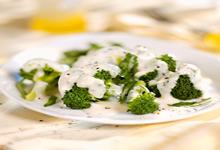 Μπρόκολο με λευκή σάλτσα