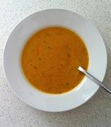 Βελουτέ με καρότο και φρέσκο κόλιανδρο