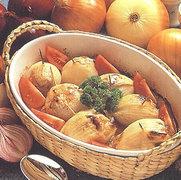 Κρεμμύδια γεμιστά με κιμά και ρύζι   (Mυτιλήνη)