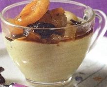 Κομπόστα ζεστή ξηρών φρούτων με κρέμα πορτοκάλι