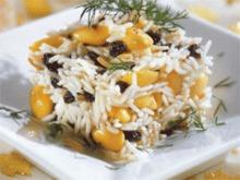 Ρύζι με σταφίδες, αμύγδαλα και καβουρδισμένο κρεμμυδάκι