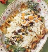 Κρέπες γεμιστές με ψιλοκομμένα καλοκαιρινά λαχανικά με σάλτσα από τυρί κρέμα