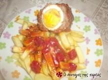 Ρολάκια κιμά κοκκινιστά γεμιστά με αυγά