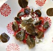 power σαλάτα με ντοματίνια, καππαρόφυλλα και μανούρι