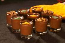 πλούσια μους σοκολάτας: γλυκό παιχνίδι αποπλάνησης