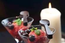 πικάντικο σορμπέ με φράουλες και τσίλι: δροσερή γλύκα με απρόσμενη φωτιά