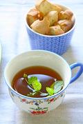 Moroccan mint tea, almond biscotti and hazelnut chocolate tart - Μαροκινό τσάι μέντας με μπισκότα αμυγδάλου και τάρτα φουντούκι-σοκολάτα