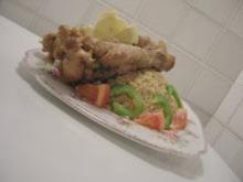 Πιλάφι με φτερούγες γαλοπούλας σε σάλτσα πράσο, σαγκουίνι και τζίντζερ