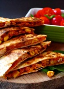 Quesadillas με κοτόπουλο / Chicken quesadillas