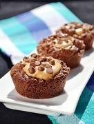 Σοκολατένια brownies με φυστικοβούτυρο / Chocolate brownies with peanut butter