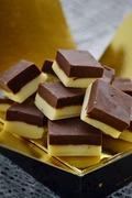 Δίχρωμο fudge με τρεις σοκολάτες / Duo fudge with three chocolates
