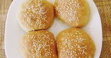 Σπιτικά ψωμάκια με γιαούρτι για χάμπουργκερ