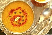Κόκκινες φακές σούπα της Ανατολής
