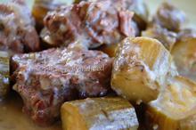 Μοσχάρι με κολοκυθάκια αυγολέμονο/Beef with zucchini in egg-lemon sauce