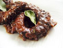 Braised octopus with honey and saffron/ Χταποδάκι με μέλι και κρόκοΚοζάνης