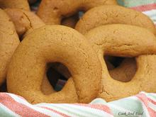 Grape Molasses Cookies / Μουστοκούλουρα