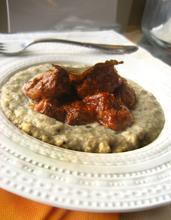 Cook the Books: Beef stew in tomato sauce with smoked aubergine (eggplant) puree (Hünkar Beğendi)/ Μοσχαράκι κοκκινιστό με πουρέ καπνιστής μελιτζάνας (Χουνκιάρ Μπεγεντί)