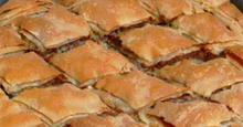 Τι θα φάμε σήμερα? Κρεατόπιττα με χωριάτικο φύλλο
