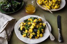 Κουνουπίδι με Κουρκουμά, Κέιλ και Κινόα - Turmeric Cauliflower, Kale & Quinoa Salad - The Healthy Cook