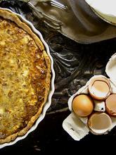 Mince, leek and galotyri cheese tart/ Tάρτα με κιμά, πράσο και γαλοτύρι