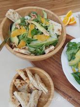 Σαλάτα με πορτοκάλι, καρύδια & αβοκάντο