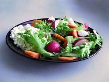 5 απλές Σάλτσες για υπέροχες Σαλάτες