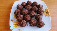 Τρούφες με γεμιστά μπισκότα σοκολάτας